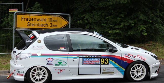 Sennfelder Peugeot 206 Racing Team war in Thüringen am Start
